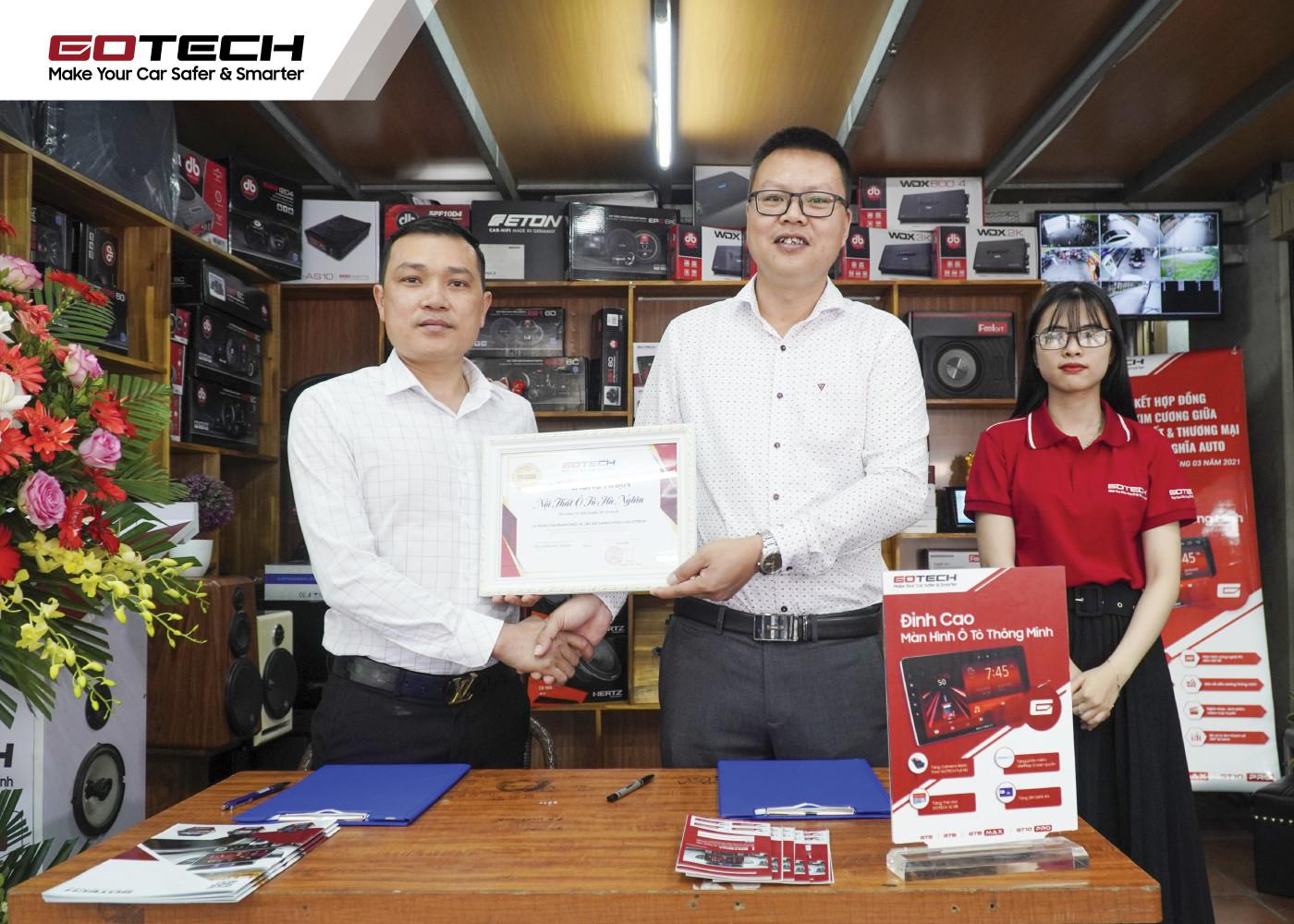 Đại diện Hà Nghĩa đánh giá cao những sản phẩm thiết bị do GOTECH nghiên cứu, sản xuất.