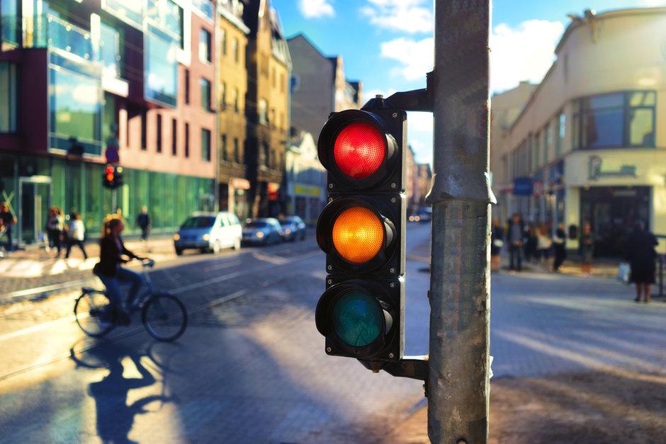Không vượt đèn đỏ