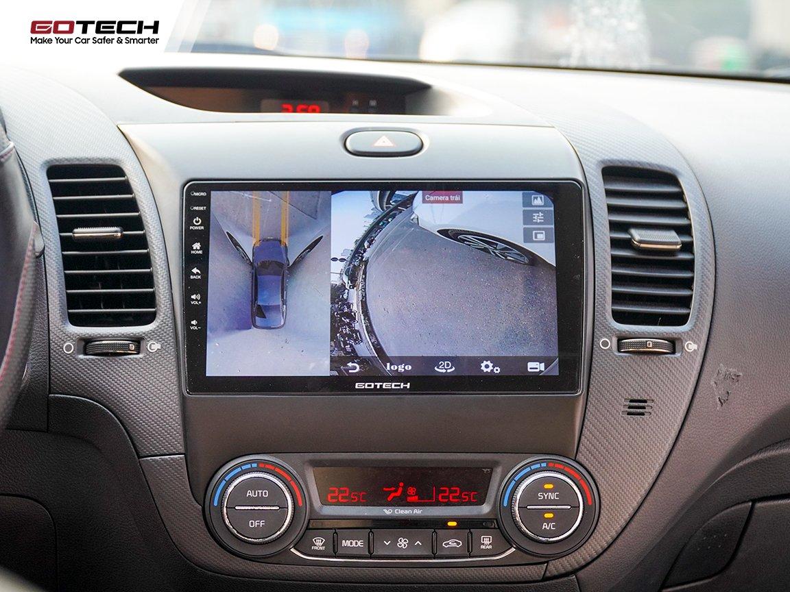 Màn hình tích hợp camera 360 độ hỗ trợ đánh lái theo chiều xoay vô lăng.