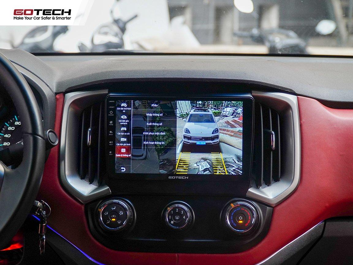 Góc chiếu rộng hỗ trợ quan sát toàn cảnh tình hình xung quanh xe.