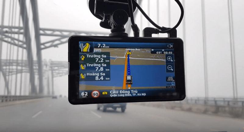 Trang bị những loại camera hành trình được tích hợp bản đồ chỉ đường.